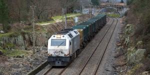 Tren de la basura entrando en Taboadela