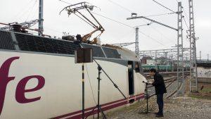 Grabando locomotora RENFE 252